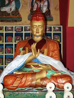 Statue of Lochen Dharmashri in the Lineage Shrine Room of the Great Peace Stupa at Mindrolling Monastery