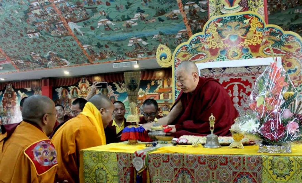 HE Minling Khenchen Rinpoche with new khenpos