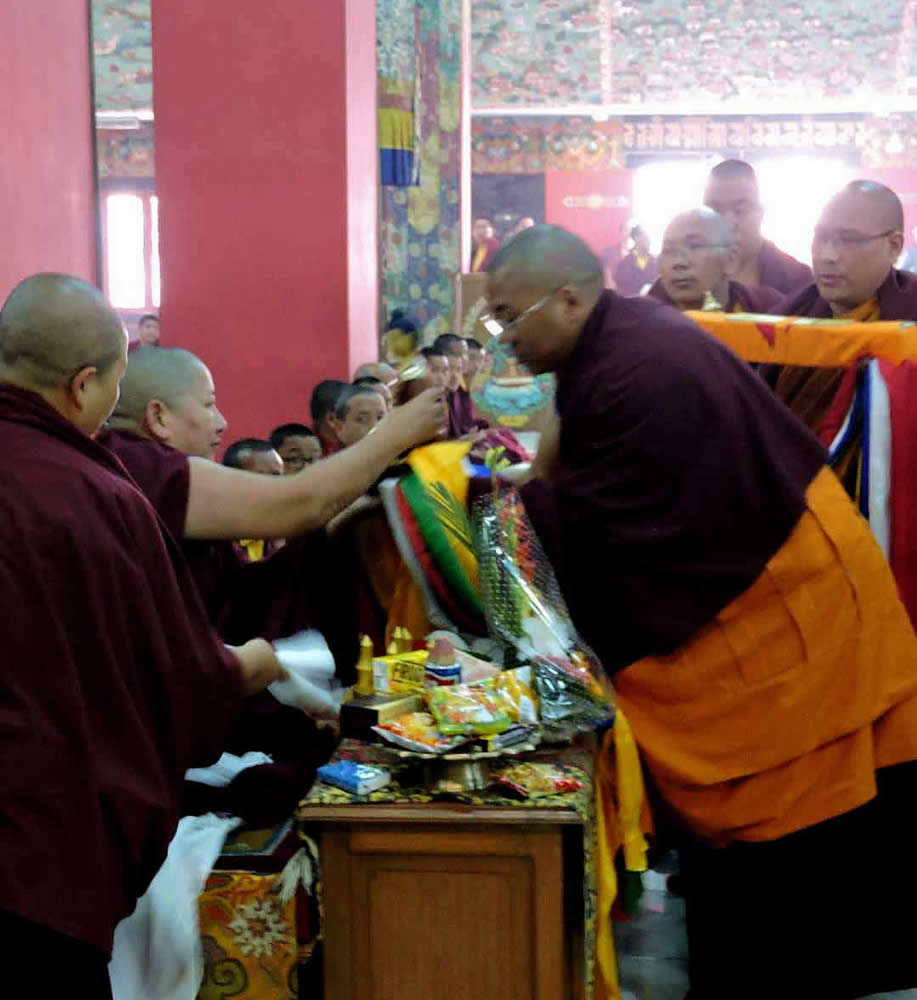 HE Minling Jetsün Khandro Rinpoche receives the mandala offering