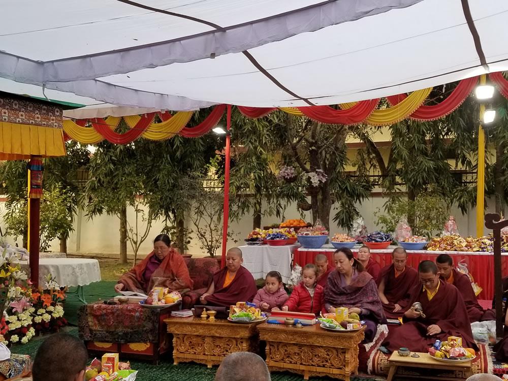Minling Sangyum Kushog, Jetsün Khandro Rinpoche, Jetsün Dechen Paldrön, Dungse Rinpoche and Jetsün Rinpoche during the Minling Dorsem practice